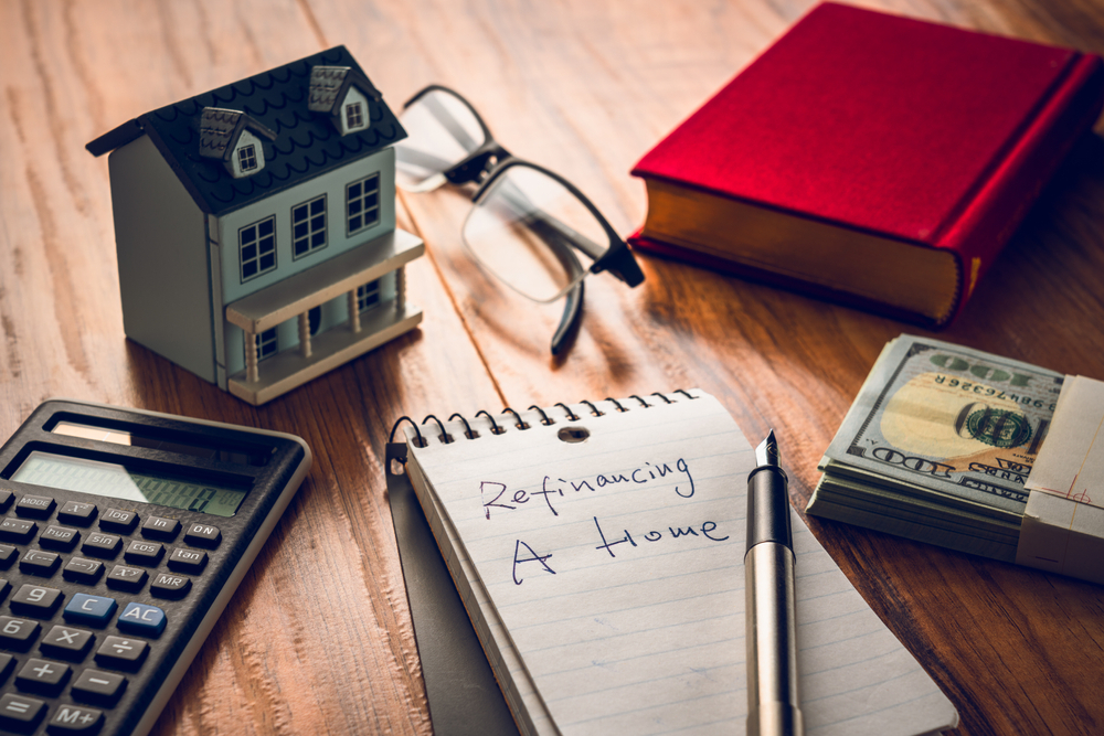 Refinancing Your Student Loans Is a Bad Idea